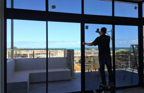 Get Great Replacement Glass Services for Your Windows